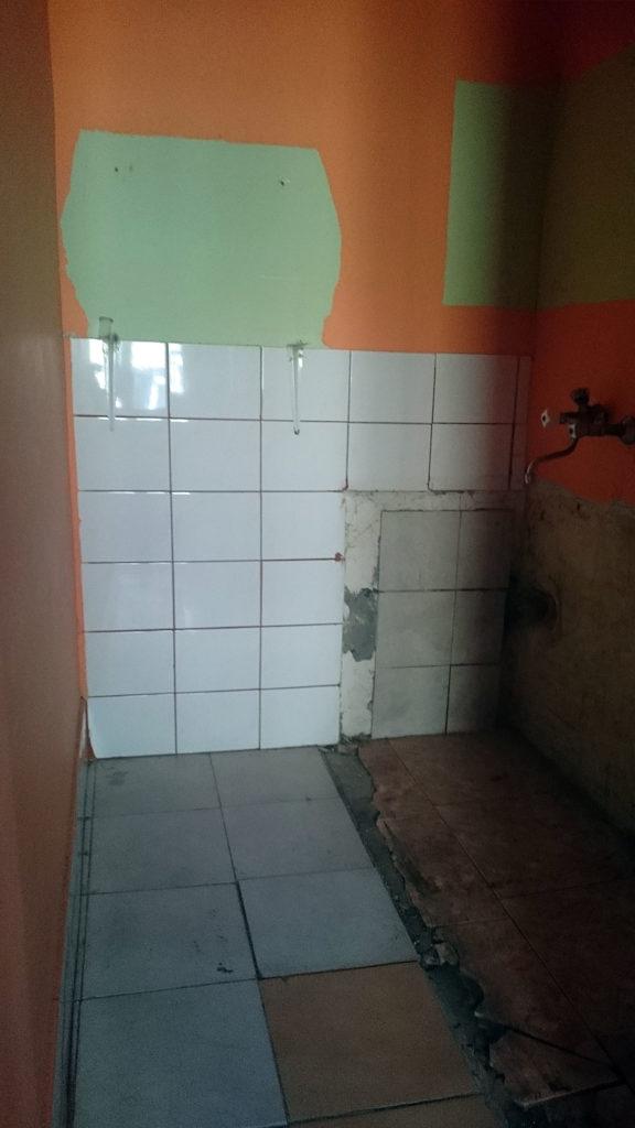 Budowa Remont łazienki W Starej Kamienicy Film Zdjęcia